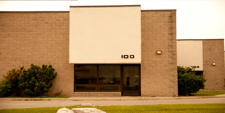 100-124-Newbold-Court-100